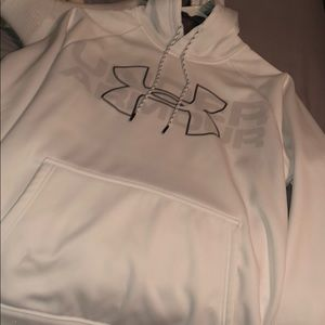 Adult small; men's under armour sweatshirt